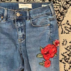 Pacsun women's jeans flower detail